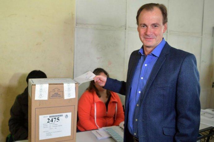 Mediante decreto, Bordet formalizó las fechas de elecciones en Entre Ríos