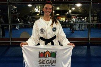A los 16 años, Karen Lell se consagró campeona mundial de taekwondo