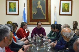 Bordet llamó a unir fuerzas en el peronismo y se distanció del gobierno nacional