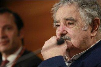 Cansado y pidiendo disculpas, Mujica renunció a su banca