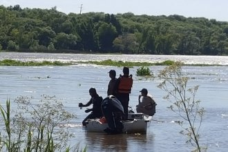 Hallan cadáver atado de pies y manos en aguas del Paraná