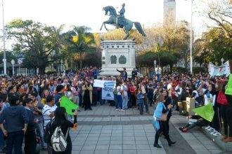 Masiva marcha en defensa de la universidad pública recorrió las calles de Concordia