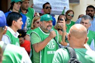Al igual que los docentes, estatales exigen al gobierno la reapertura de paritarias