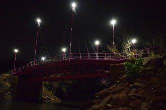 Con mayor seguridad e iluminación, el Puente Rosa está nuevamente habilitado