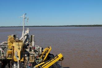 El próximo paso en el río Uruguay: mejorar su navegabilidad y potenciarlo como una hidrovía