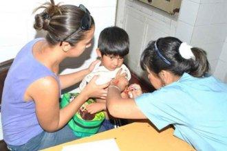 Garantizan todas las vacunas, pero suspenden una dosis contra la meningitis
