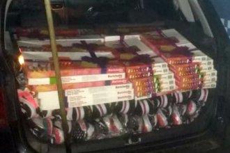 Trasladaban más de 100 mil pesos en zapatillas, bombillas y cubiertos