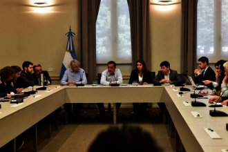 Gremios universitarios retoman las negociaciones con el Gobierno