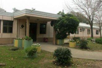 En el hospital de Villa Elisa, esperan la habitación del vacunatorio y proyectan un hogar de día para ancianos