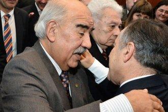 Los abogados concordienses reeligieron presidente a Paredes