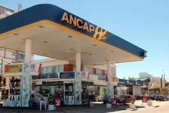 Uruguay rebaja impuestos a la nafta en la frontera para evitar que compren en Entre Ríos