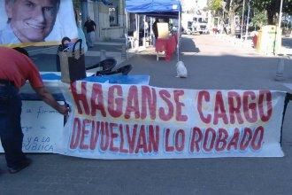 """La """"guerra de los bizcochitos"""": Ánimos alterados contra una mesa de apoyo a Macri"""