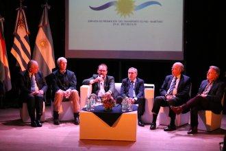 El río Uruguay fue promocionado como una vía de transporte fluvio - marítimo