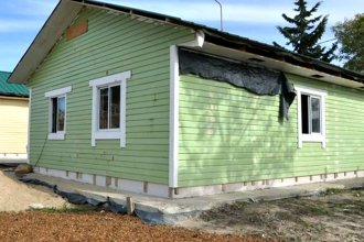 La Provincia financiará otras 20 viviendas de madera para Gualeguaychú
