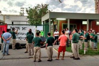 """Denuncian """"recorte de horas y despidos encubiertos"""" en el Parque Industrial"""