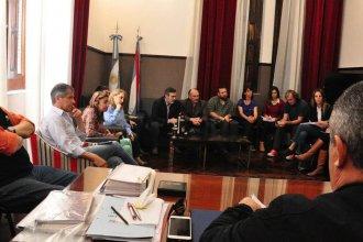 Diputados y ambientalistas se reunieron para avanzar en la regulación del uso de agroquímicos