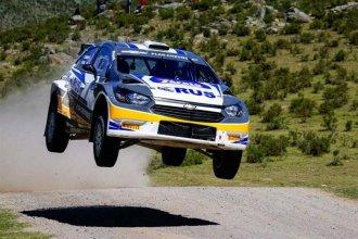 Nalbandian perdió el control de su auto y volcó en el rally de Entre Ríos