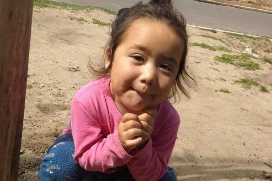 Natasha tiene 2 años y está internada en Paraná.