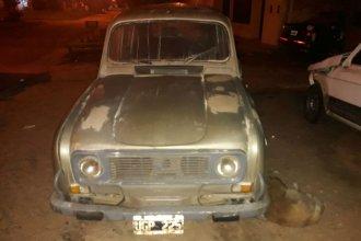 Dormía en un Renault 4, se incendió con un cigarrillo y hoy murió