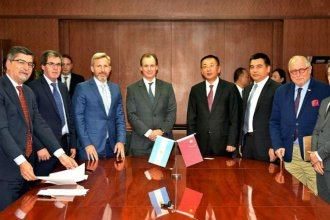 Empresa china hará obras de gas, energía eléctrica y fibra óptica en Entre Ríos