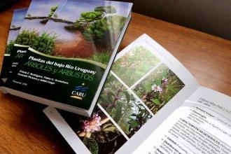 Los árboles y arbustos del bajo río Uruguay, reunidos en un libro