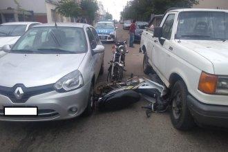 Cuatro vehículos involucrados en choque en cadena: un hombre resultó herido