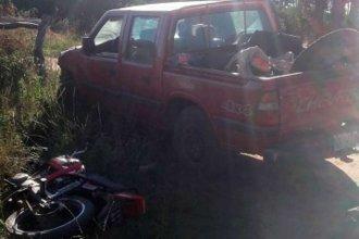 Motociclista corre riesgo de vida tras colisionar una camioneta