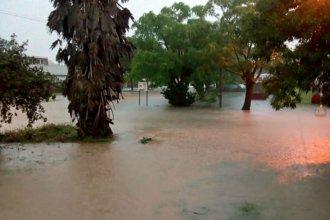 Aguacero anegó parte de una ciudad entrerriana y hay evacuados