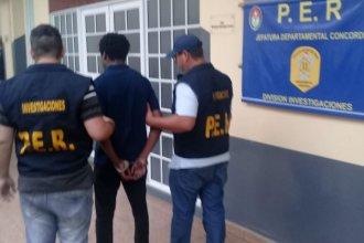 Violación a joven estudiante: Preventiva en la celda para un acusado, domiciliaria para el otro