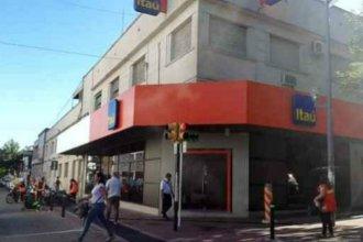 Bomba de humo en un banco generó alarma en el centro de Paysandú