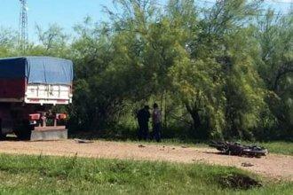 Un accidente se cobró la vida de un joven padre que chocó contra un camión