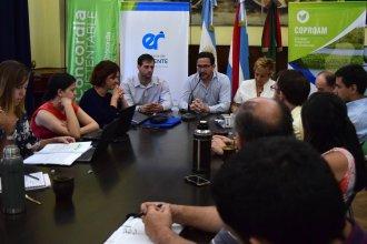 Vecinos de la costa del Uruguay, reunidos por el cambio climático