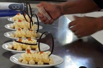 ¿Qué sale de combinar naranjas, mandarinas, limones, pomelos, miel y nuez pecan?