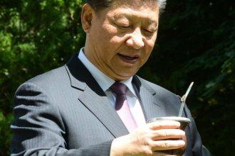 Para celebrar el acuerdo con China, Etchevehere le cebó un mate a Xi Jinping