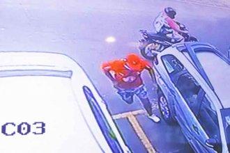 Asaltaron a mano armada a una mujer en la playa de estacionamiento del Carrefour