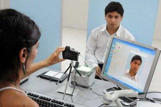 Agregan requisitos para renovar el DNI, el pasaporte y la licencia de conducir
