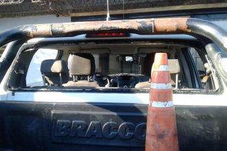 Agresiones, disparos antitumultos y un patrullero dañado, tras un confuso episodio