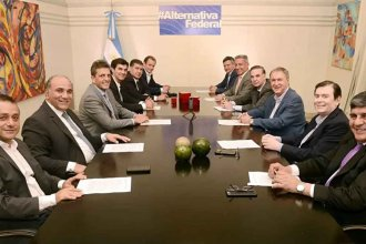 Bordet, en la mesa de Alternativa Federal: ¿Tan lejos de Macri como de Cristina?