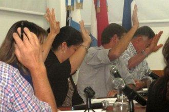 """Concejales pidieron a los funcionarios un """"gesto político"""" con sus sueldos"""