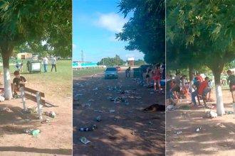 Tras los festejos de año nuevo, jóvenes entrerrianos se quedaron a limpiar el parque
