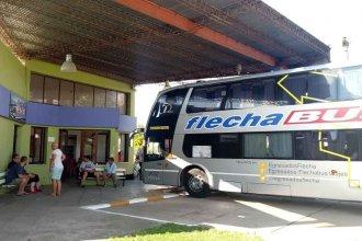 Micro quedó varado en General Campos: Los pasajeros, sofocados y sin respuestas