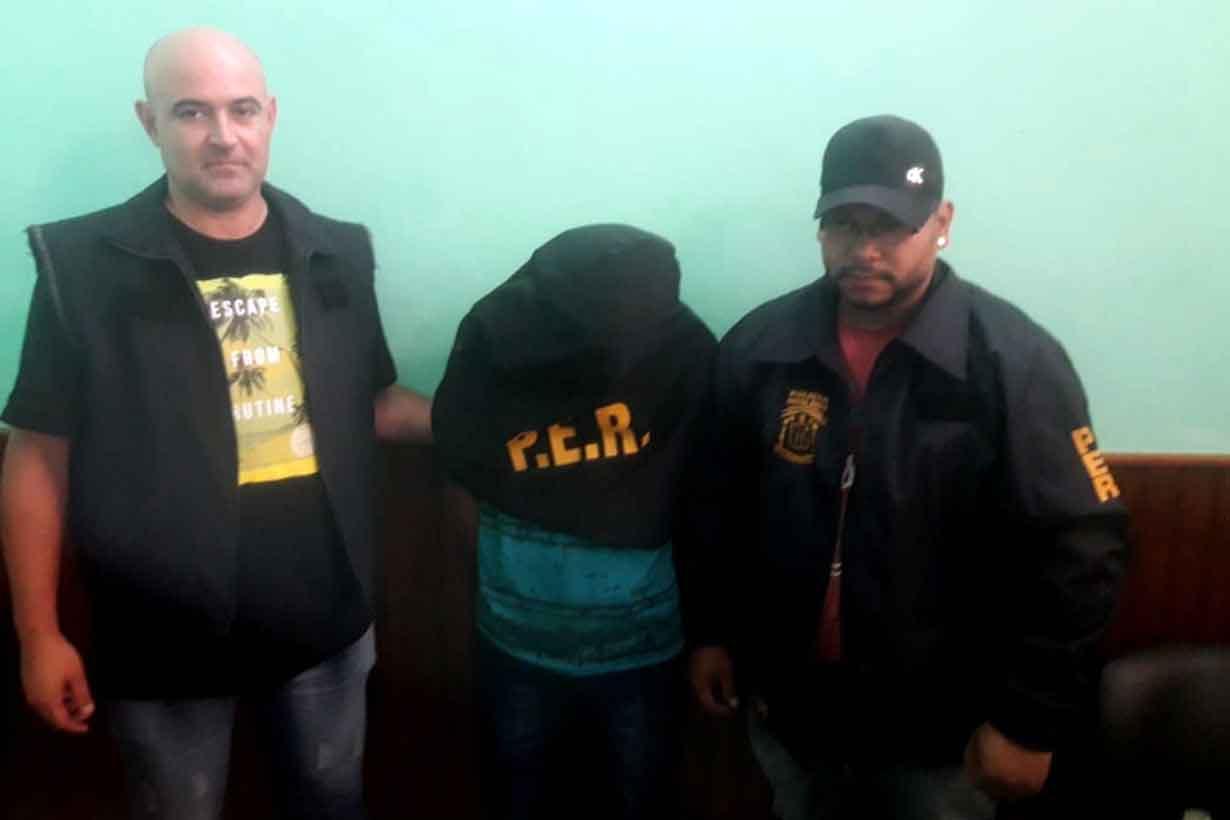 Castro al ser detenido
