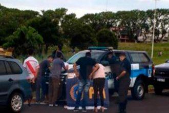 Cuatro jóvenes fueron demorados por vender droga en una plaza de Paraná
