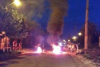 Concordia: Vecinos protestaron por mejoras en el barrio cortando el tránsito