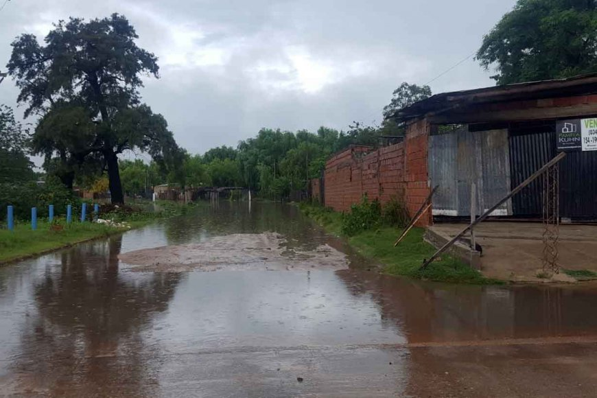Las copiosas lluvias agravaron la creciente