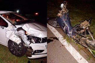 Una joven motociclista falleció tras ser embestida por un auto en ruta 12