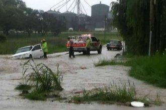 Más de 100 milímetros en una hora: calles anegadas, casas inundadas y dramáticos rescates
