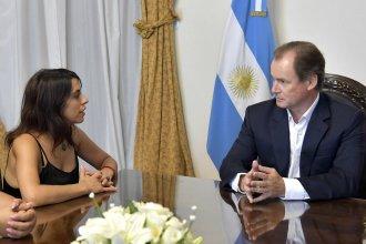 """En su visita a la provincia, Victoria Donda intercambió """"miradas políticas"""" con el gobernador"""