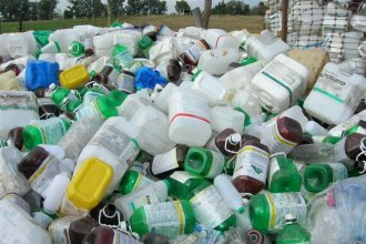 Piden información al Gobierno provincial sobre el tratamiento de los envases de agroquímicos