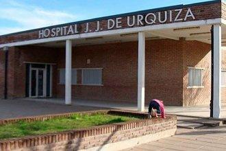 Por el mal estado de los caminos, bomberos debieron trasladar a una mujer que estaba por dar a luz hasta el hospital